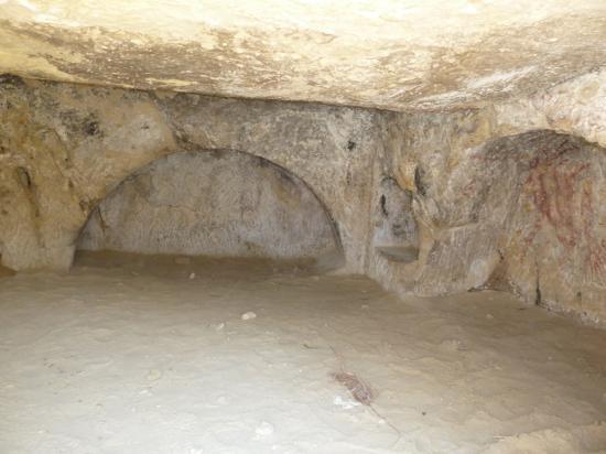 так выглядит сама пещера, они все соединяются между собой через переходы