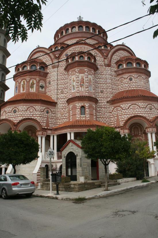 Наподобие этого храма мы видели в Солониках