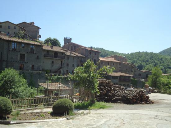 Будете в Испании-не поленитесь посетить это прекрасное место, познакомиться с ведьмами и подумать о Вечном.