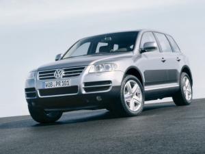 Милиция ищет Volkswagen  Touareg сбивший гаишника в Москве