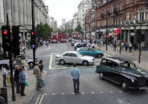 В Великобритании за парковку у офисов надо заплатить 250 фунтов стерлингов