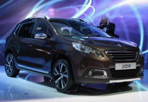 Опубликованы комплектации и цены на кроссовер Peugeot 2008
