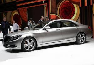 В августе в России стартуют продажи нового Mercedes S-класса