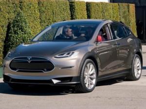 Tesla Model X 2015, обзор, фото и цены