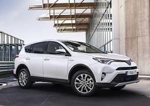 Toyota RAV4 Hybrid 2016 года, характеристики, цены и фото