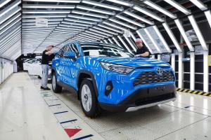 В Питере стартовал выпуск нового Toyota RAV4