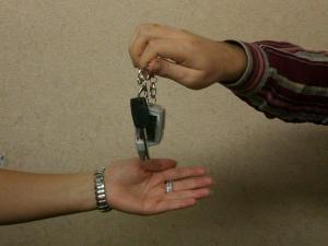 Как правильно составить договор купли продажи автомобиля